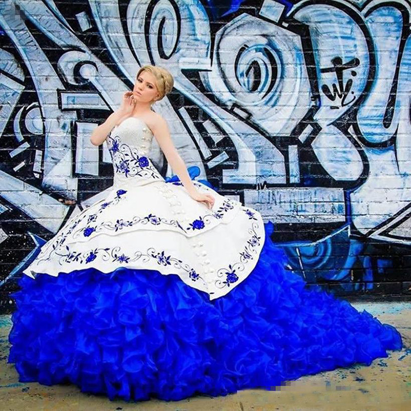 Royal Blue Embroidery Quinceanera <font><b>Dresses</b></font> 2020 Ball Gown Ruffles Organza <font><b>Sweet</b></font> <font><b>16</b></font> <font><b>Dresses</b></font> Vestidos De 15 Anos image