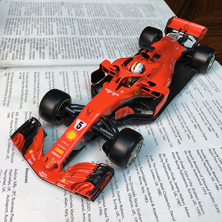 Bburago 1:18 1/18 <font><b>2018</b></font> Ferrari SF71 H Vettel No5 Formula 1 <font><b>F1</b></font> Racing Car Vehicle Diecast Display Model Toy For Boys Kids image