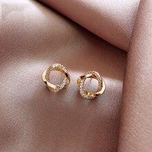 2020 nueva moda clásica elementos geométricos círculo pendientes pequeños Corea del Sur joyería femenina sexy viajero plata pendiente de aguja