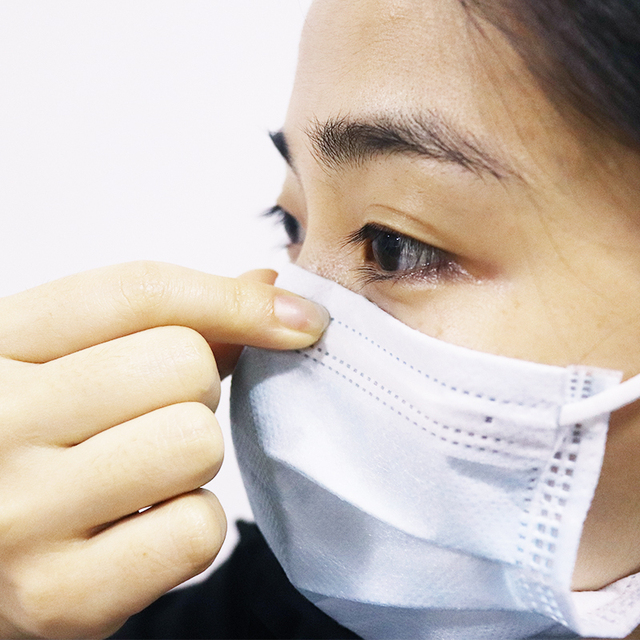 Disposable Face Masks 3 Layers Mask Breathable Masks Face Mouth Masks Elastic Ear Loop Disposable 3-Ply Filteration Cotton Mask 2