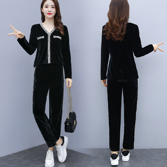 2019 Black Velvet Two Piece Sets Outfits Women Plus Size V-neck Tops And Pants Suits Korean Casual Fashion Sport Tracksuits Sets 27