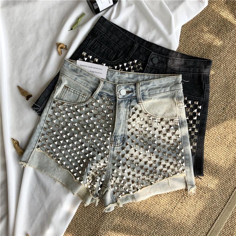 2020 Womens Summer Hot Fashion High Waist Button Punk Rivet Studded Denim Short Shorts For Woman Streetwear Jeans Shorts KZ223