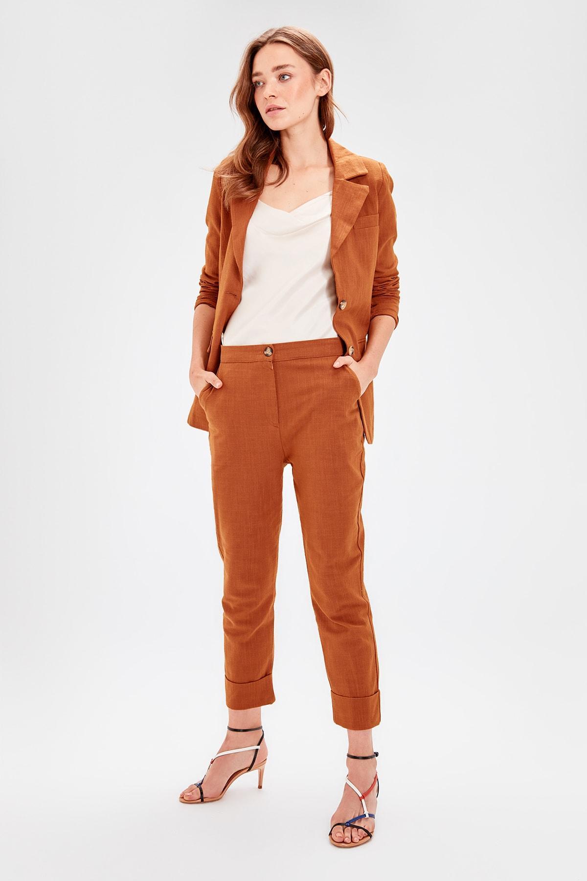 Trendyol Cinnamon Button Detail Pants TWOAW20PL0050