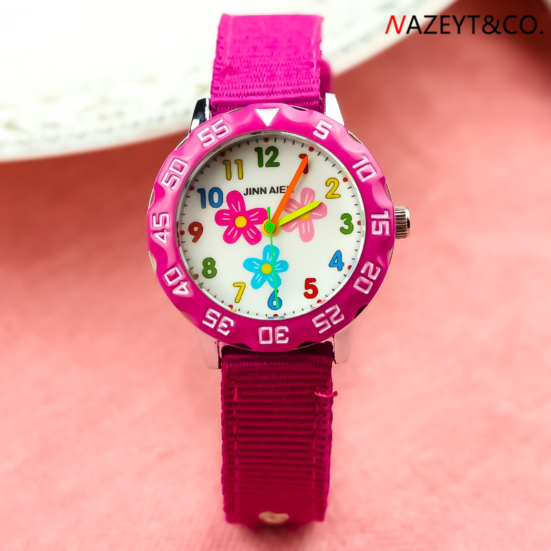 2019new Arrived Children 3D Watch Boys Girls Lovely Flower Dial Luminous Hands Quartz Watch Little Student Nylon Sports Clock