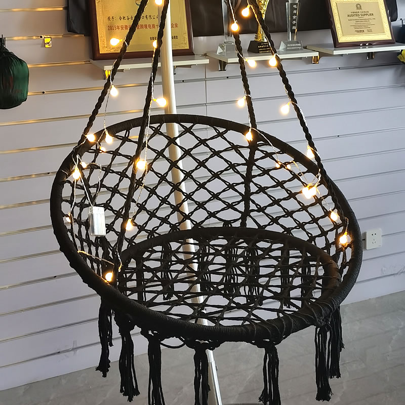 Nordic Style Round Tassel Swing Chair, Suitable for Resting, Perfect Background for Taking Photos