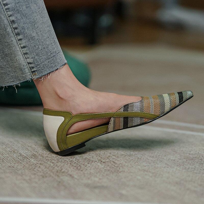 Женские туфли из натуральной кожи, без застежки, плоская подошва, заостренный носок, толстый каблук, размеры 34-40, весна-осень