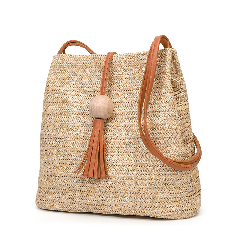 2020 New Women Straw Bag Bohemian Rattan Beach Handbag Handmade Knitted Crossbody Bucket Bags Summer Tassel Beach Bag