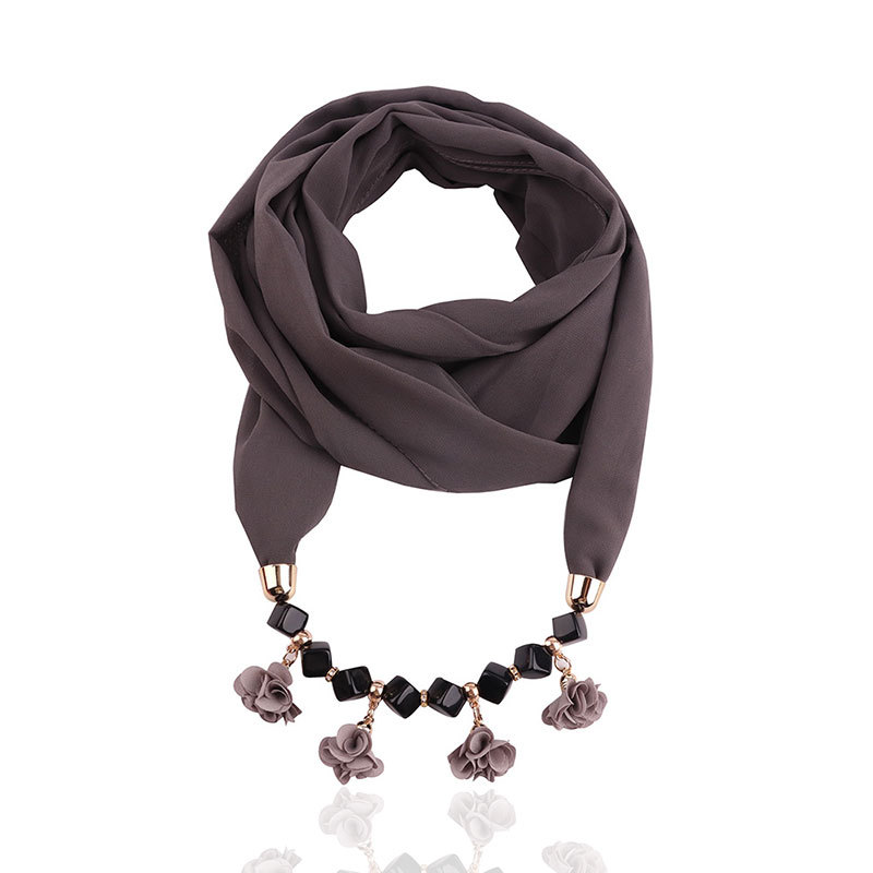 New Pure Color Pearl Chiffon Jewelry Necklace Bib Hot Selling Small Cloth Flower Resin Necklace Pendant Scarf