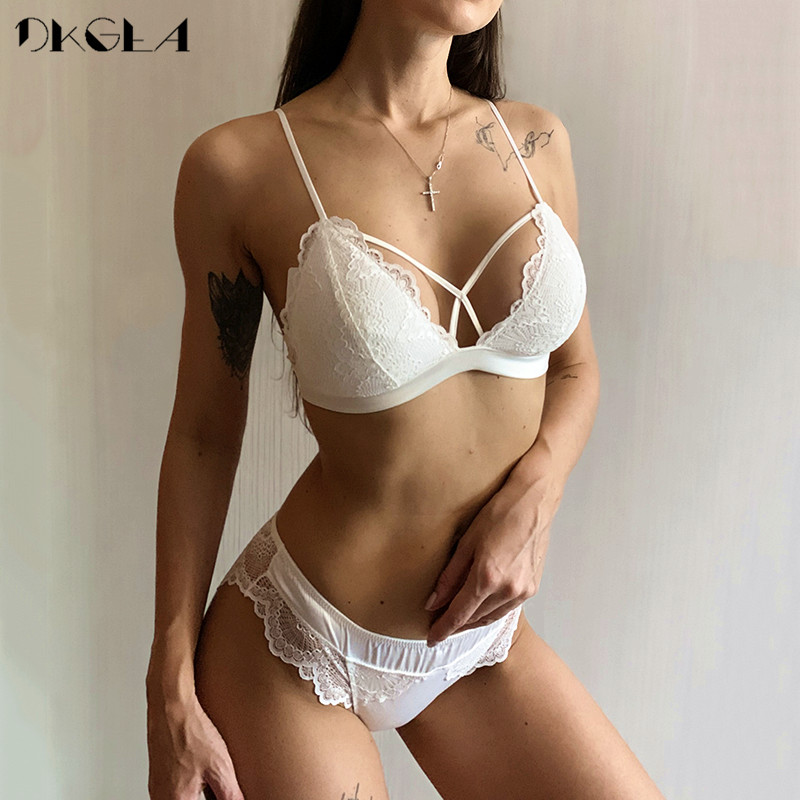 2019 Black Sexy Bra And Panties Sets Wire Free Brassiere Thin Cotton Underwear Set White Bras Embroider Women Lingerie Set Lace