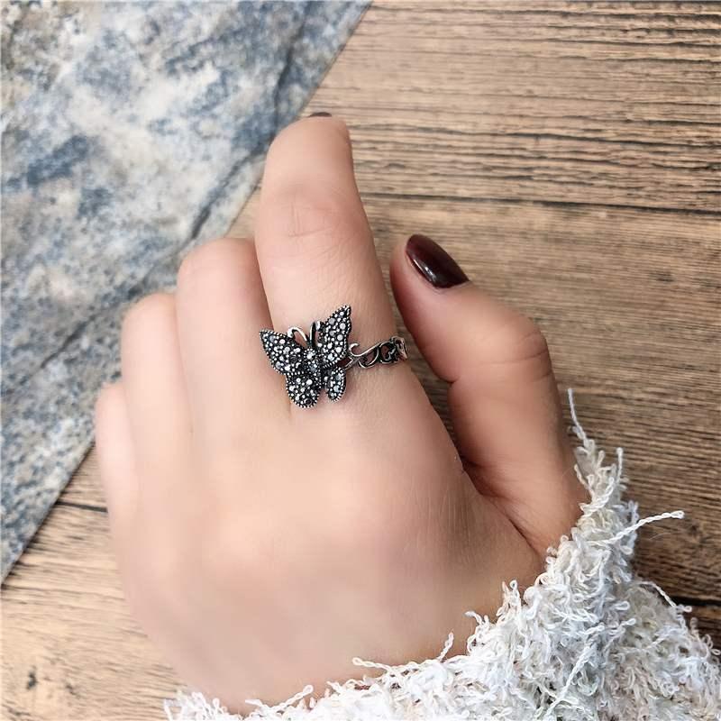 Купить винтажное тибетское серебряное черное кольцо с бабочкой из фианита