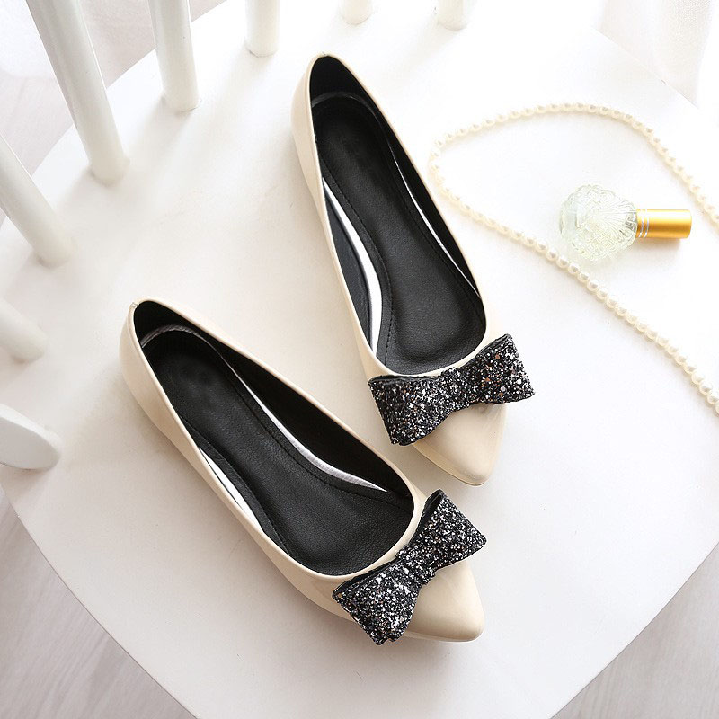 2020 New Fashion Women Soft Leather Flats Canvas Black Pointy Toe Ballerina Ballet Flat Slip on Shoes Flat Shoes Women Loafers