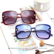 Роскошные площадь солнцезащитные очки Женщины мужчины ретро бренд дизайнер металлический каркас негабаритных солнцезащитные очки женский оттенки óculos Грандиент