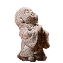 Miniaturowy Model modlitwa budda Fengshui statua dekoracji wnętrz Maitreya budda sztuka rzeźbiarska rzemiosło Ornament z żywicy wystrój samochodu