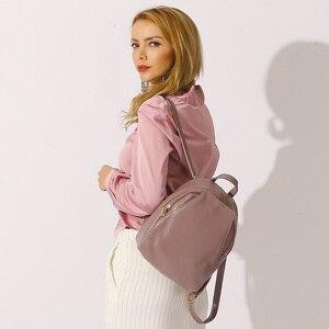 Image 2 - Zency mochilas de couro genuíno feminino senhoras moda sacos de viagem femal diário feriado mochila estilo preppy da menina