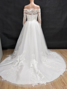 Image 5 - 2019 Hot Sale Vintage Wedding Dresses With Sheer Long Sleeves Detachable Train Appliques Lace Tulle Customized Bridal Gowns
