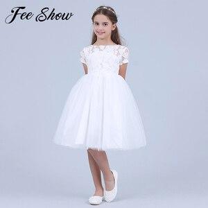 Image 1 - Blumen Kurzarm Weiß Baby Mädchen Kleid Infant Kleinkind Sommer Ballkleid Spitze Taufe Party Kleider Kinder Mädchen Kleidung