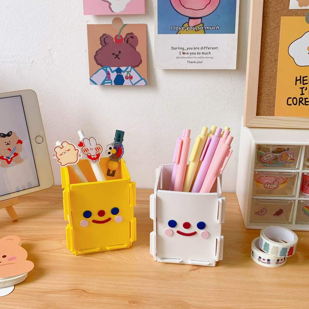 Kawaii Cartoon Lovely Pens Holder Folding Portable Stationery Storage Box Office Desk Decoration Makeup Brush Storage Bucket