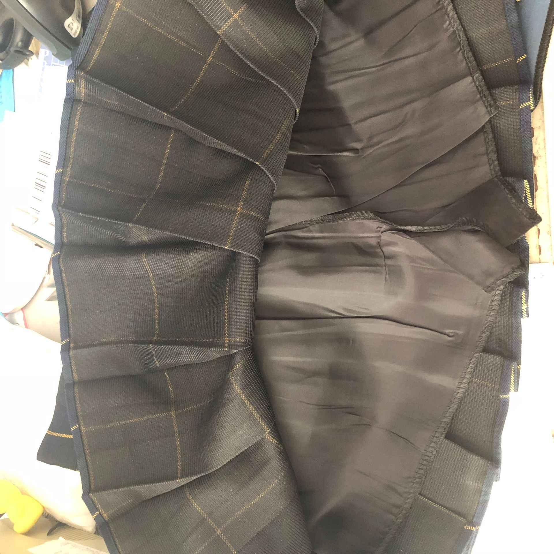 原宿タータンピンクの女性はセクシーなチェック柄プリーツスカートファッションミニダンススカートサイドボタンハイウエスト学校スカート女性