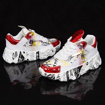 2019 Primavera Zapatillas de deporte de fondo grueso para mujer Colores mezclados Zapatos de plataforma con punta redonda Zapatos planos de mujer Zapatos casuales Zapatos para correr para mujer 1