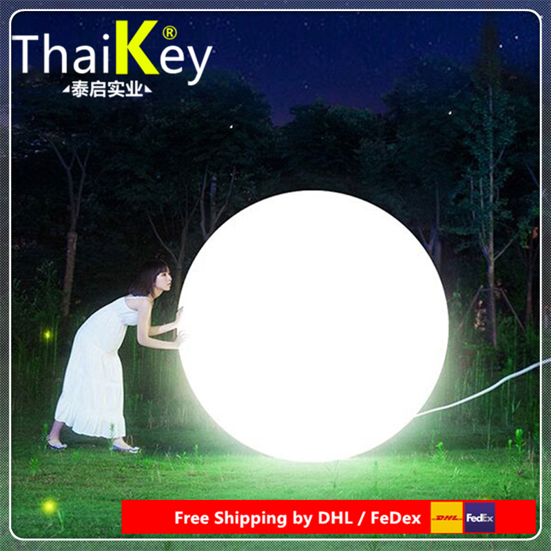 40cm Led Ball Light For Villa Lawn / Classic Decoration Colors Changeable With Remote Battery Powered Glowing Lamp