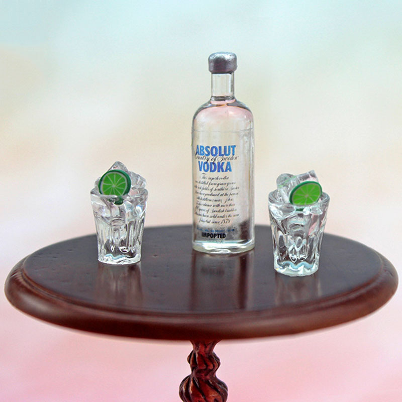 1/12 Dollhouse Miniature Accessories Mini Resin Vodka Bottle Wine Glass Set Simulation Drink Model Toy for Doll House Decoration