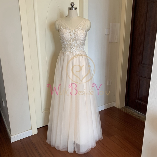 Champagne V Neck Prom Dresses Appliques Tulle Sleeveless Floor Length graduation A-line Backless Formal Party Long Evening Gowns 3