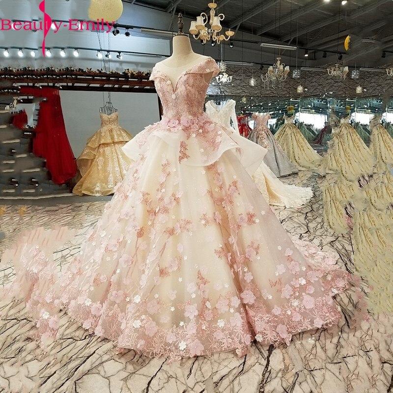 Charming O Neck Sleeveless Lace Wedding Dress 2020 Luxurious Lace Up Back Appliques Beading Bridal Gown Vestido De Noiva