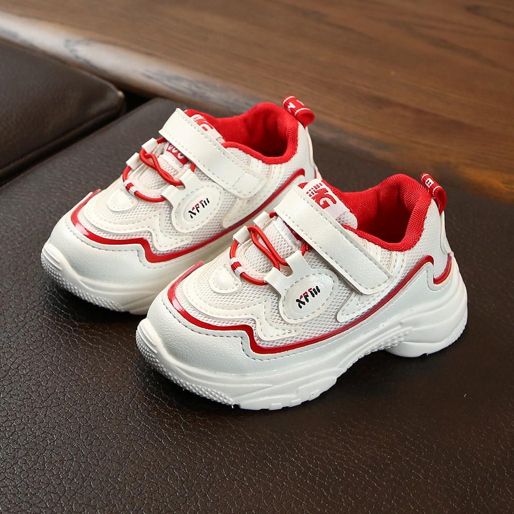 Zapatillas deportivas para niños, zapatillas de deporte transpirables para niños PU cuero bebé mocasines sandalias para bebé ahuecar hacia fuera zapatos de bebé Chaussure recién nacido con cordones sandalias de bebé niñas