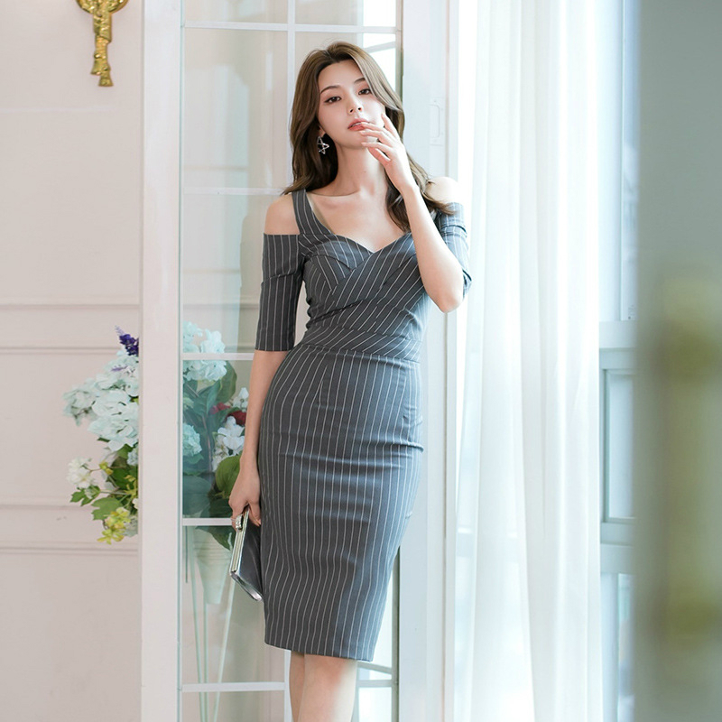 Large Size Print Striped <font><b>Korean</b></font> <font><b>Style</b></font> <font><b>Sexy</b></font> <font><b>Bodycon</b></font> <font><b>Dress</b></font> <font><b>Women</b></font> Off-shoulder Hollow Out Sheath Wrap <font><b>Dresses</b></font> Ladies Ropa Mujer image