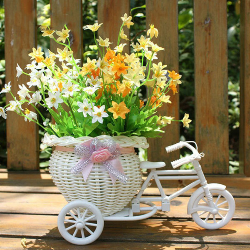 2019 New Bicycle Decorative Flower Basket Newest Plastic White Tricycle Bike Design Flower Basket Storage Party Decoration Pots