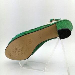 Image 2 - Groene Vrouwen Schoenen En Tassen Set Op Verkoop Nigeriaanse Vrouwen Bruiloft Slippers Met Rhinestone Italiaanse Ontwerp