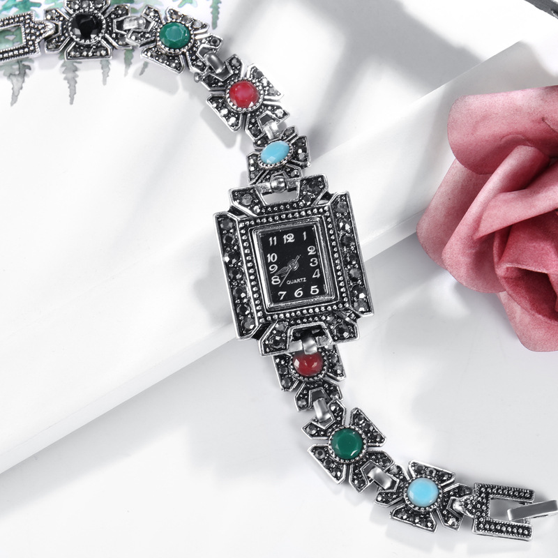 Fashion Girls Crystal Red Bracelet Women Jewelry Charm Quartz Watches Female Square Accessories Watch For Princess Girls Gift