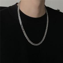 Ins Tide personnes prennent bijoux chaîne collier titane pour hommes et femmes métal acier inoxydable à la mode Cn (origine)