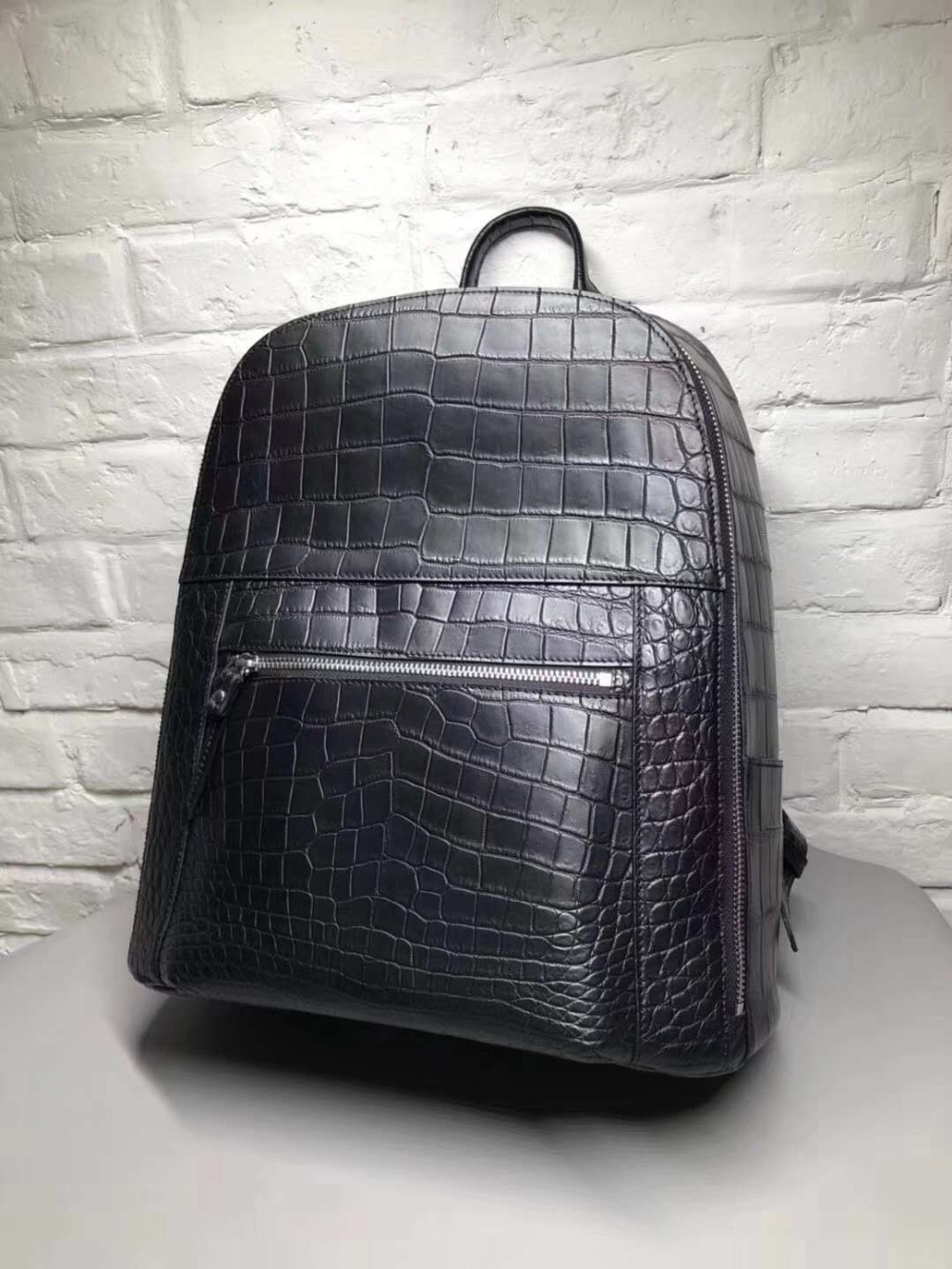 100% Genuine Real Crocodile Belly Skin Backpack Bag Matt Water Dyeing Crocodile Skin High End Quality Fashion Backpack Bag Black