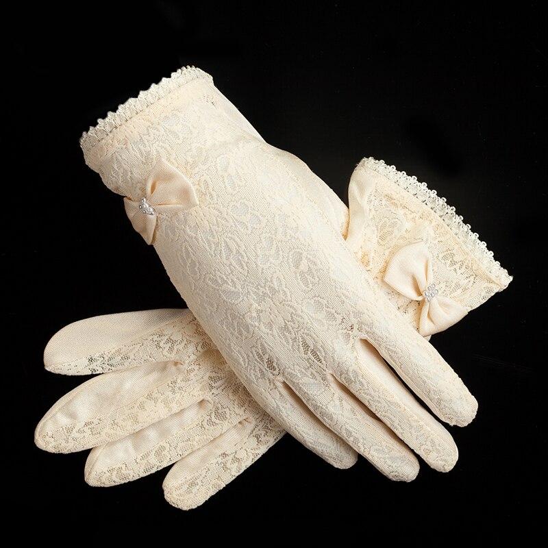 100% Natural Mulberry Silk Glove Female Summer Lace Wedding Dress Breathable Sleep Moisturizing Sunscreen UV  Driving Mitten M52