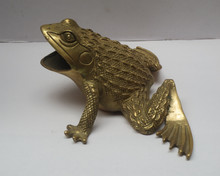 christmas decorations for home+ Metal crafts Home Decoration Chinese brass Carved Frog Statue/Feng Shui Scupture(China)