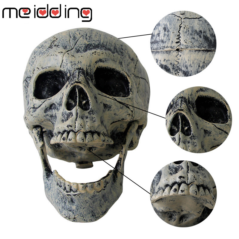 2019 1 Set Skeleton Halloween Prop Plastic Lifelike Human Bones Skull Figurine For Home Horror Garden Halloween Party Decoration in Party DIY Decorations from Home Garden