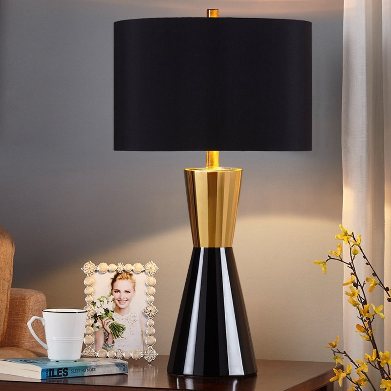 Luxury American Style Black Table Lamp for Bedroom Bedside Lamp Ceramic Table Lamp Living Room Home Deco Bed Lamp WJ122825