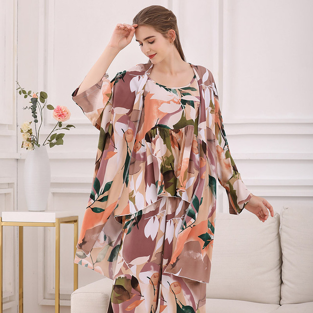 Cotton Viscose Ladies Three-piece Pajamas Set Women Spring and Autumn Comfortable Soft Home Suit Robes with Pants Pajamas Set 4