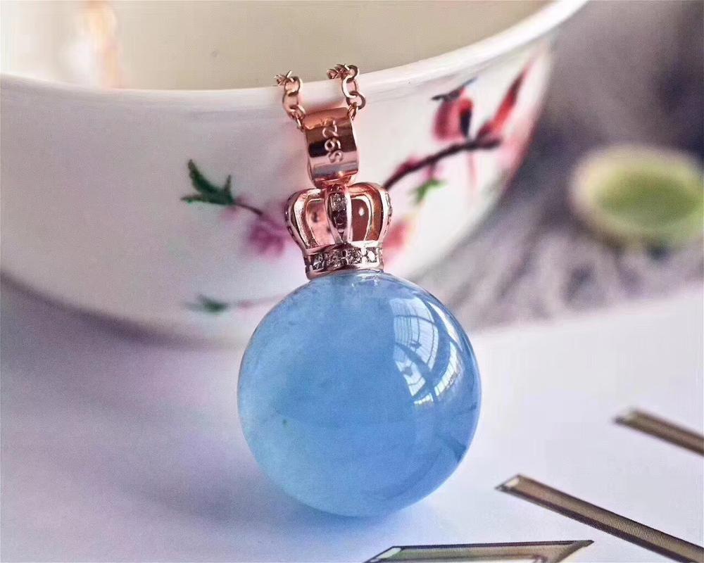 حقيقية الطبيعية الأزرق الجليد زبرجد قلادة النساء رجل الأحجار الكريمة المجال الكرة 16 مللي متر الريكي حجر الأزياء قلادة AAAAA-في المعلقات من الإكسسوارات والجواهر على  مجموعة 2