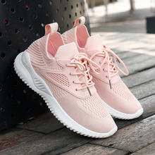 Women Fashion Running Shoes Comfortable Mesh Breathable Non-Slipper Sneakers Light Weight Outdoor Travel Walking Sports Shoes li ning genuine women s cushion running shoes sports textile light weight sneakers lining breathable shoes arhm034