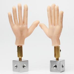 Image 2 - 1 زوج يد سيليكون مع سلك ألومنيوم من الداخل لحرية الحركة لدمية توقف الحركة