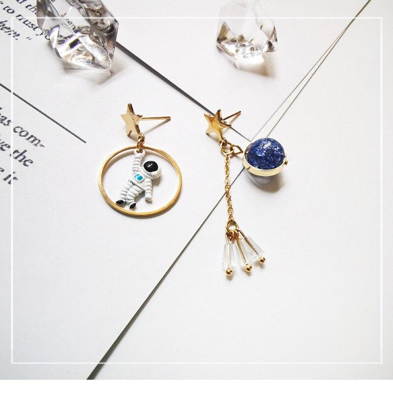 Nieuwe Koreaanse Oorbellen Asymmetrische Pentagram Oorbellen Ruimte Astronauten Aarde Kleine Oorbellen Voor Vrouwen Partij Sieraden - 6