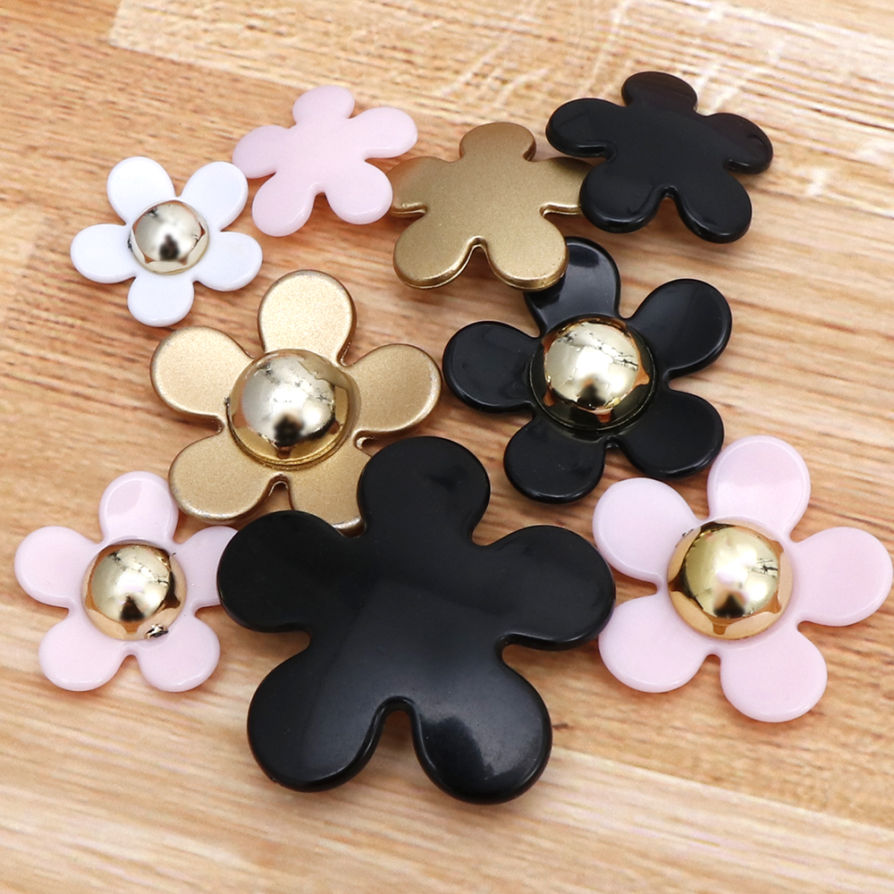 20PC/lot Flower Resin Mix Size Pink White Blak Color New Kawaii Resin Pendant Flower DecorationFor Fashion Resina Crafts