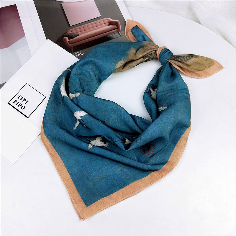 70*70cm 2019 High Quality Retro Red-crowned Crane Chinese Style Versatile Artistic Decoration Small Square Scarf Lady Silk Scarf
