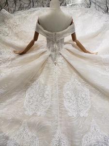 Image 5 - BGW HT43028 Sexy hors de lépaule robe de mariée avec longue Train dentelle Appliques perlée chérie luxe robe de mariée nouvelle arrivée
