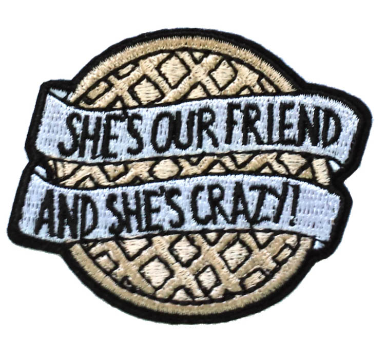 SHE صديقنا و SHE مجنون! الأزياء الحديد على التصحيح شارة القماش المطرزة DIY زين بالجملة-في لصقات طبية من المنزل والحديقة على  مجموعة 1