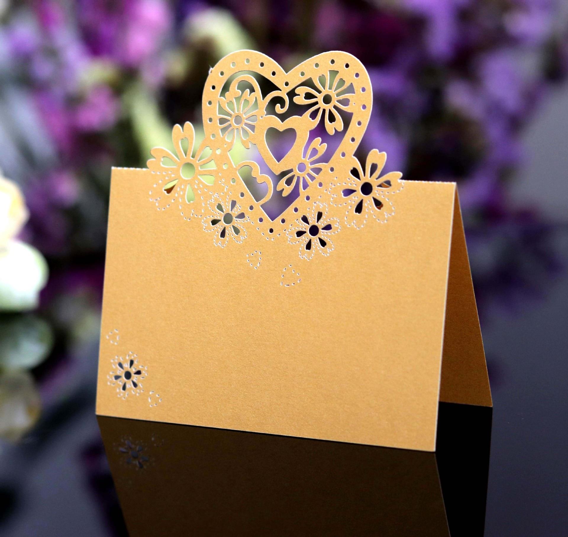 Купить с кэшбэком 50pcs Kawaii Seat Card Vintage Table Butterfly Reception Table Wedding Birthday Laser Cut Heart Place Cards Party Supplies