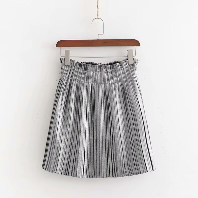 2019 Women Elegant Solid Pleated Skirts Elastic Paperbag Waist European Style Female Sweet Grey Ruffles Mini Skirts QUN410