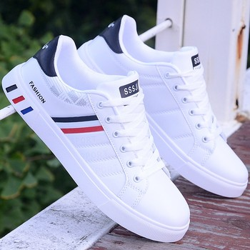 New PU Men Casual Shoes Lace Up Sneakers Comfortable Breathable Walking Sport Sneakers Male White Shoes Rubber Sole Sneakers недорого